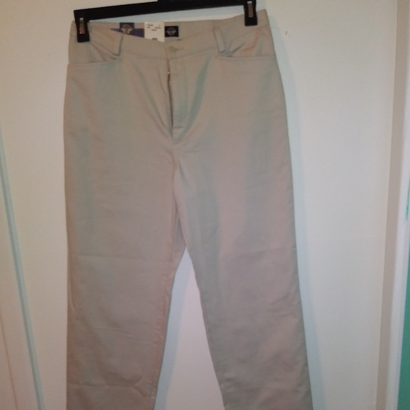 big sale new varieties best collection Ladies Dockers Khaki Pants NWT
